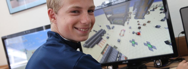 Как Minecraft преподава програмиране, Minecraft-coding-YuppiEdu